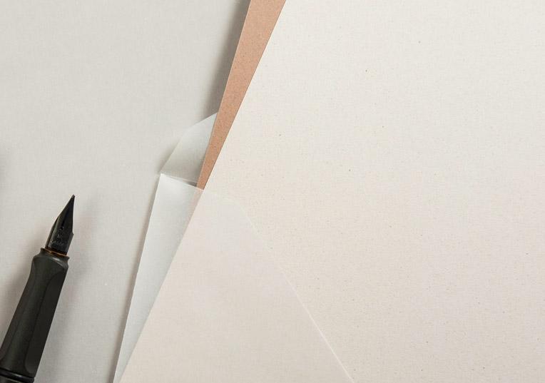 hochzeit-minimalistisch-creme-papier
