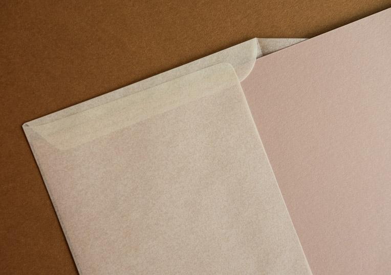 lucida-transparent-papier-creme