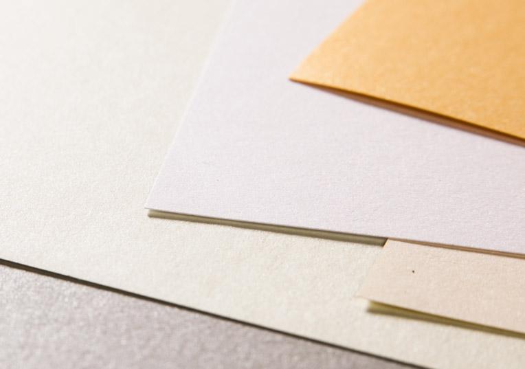 majestic-metall-papier-glaenzend