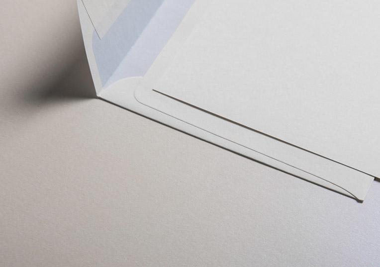 metallics-schimmernd-briefumschlaege