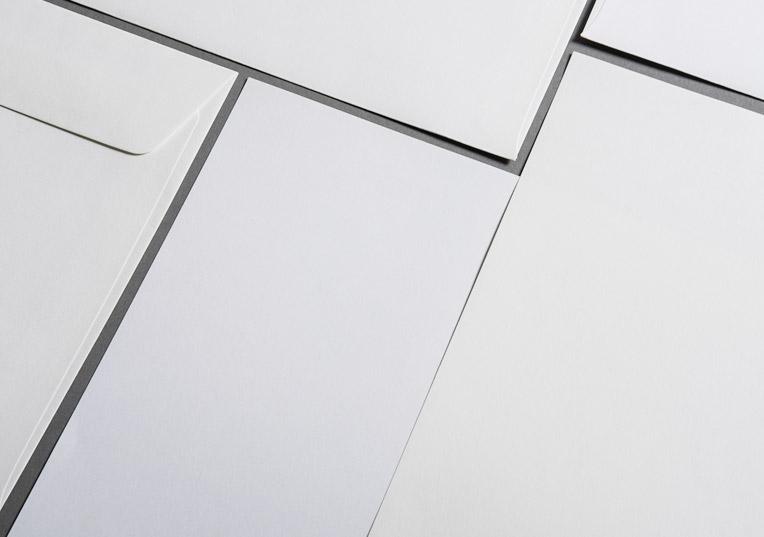 metallics-schimmernd-huellen-din-lang