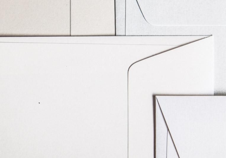 metallics-schimmernd-umschlaege-quadratisch