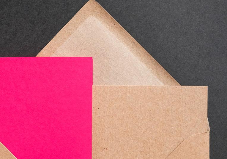 muskat-kraftpapier-briefumschlag-quadratisch