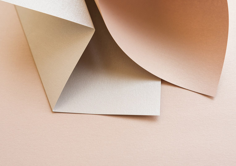 metallic-papier-farbe-nude
