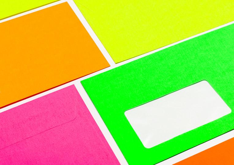 ultra-neon-huellen