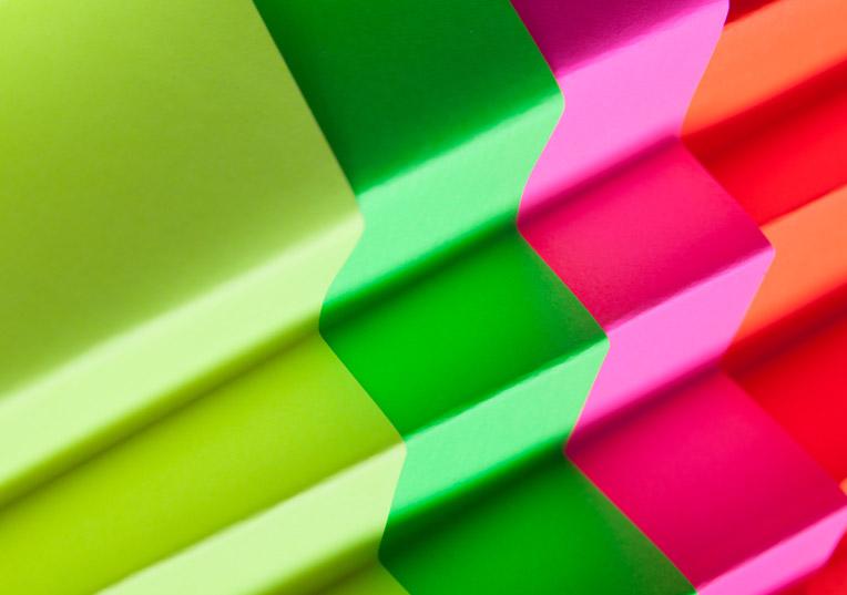 ultra-neon-leuchtend-umschlag