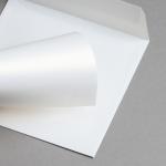 Metallics schimmernd Hüllen 155 x 155 mm Weiß mit Goldschimmer