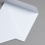 Briefhüllen Weiß Quadratisch 155 x 155 mm | haftklebend