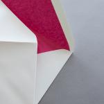 Creme enveloppes B6 avec doublure couleur Rose vif