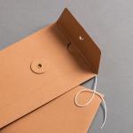 Umschlag DIN lang mit Bindfadenverschluss Braun