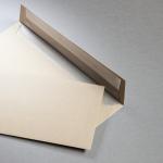 Muskat envelopes with metallic lining