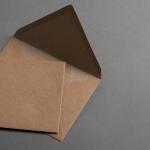 Muskat Kraftpapier Hüllen C6 nassklebend 100 Stück