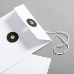 Enveloppe DIN long Blanc avec rondelle par ficelle en noir
