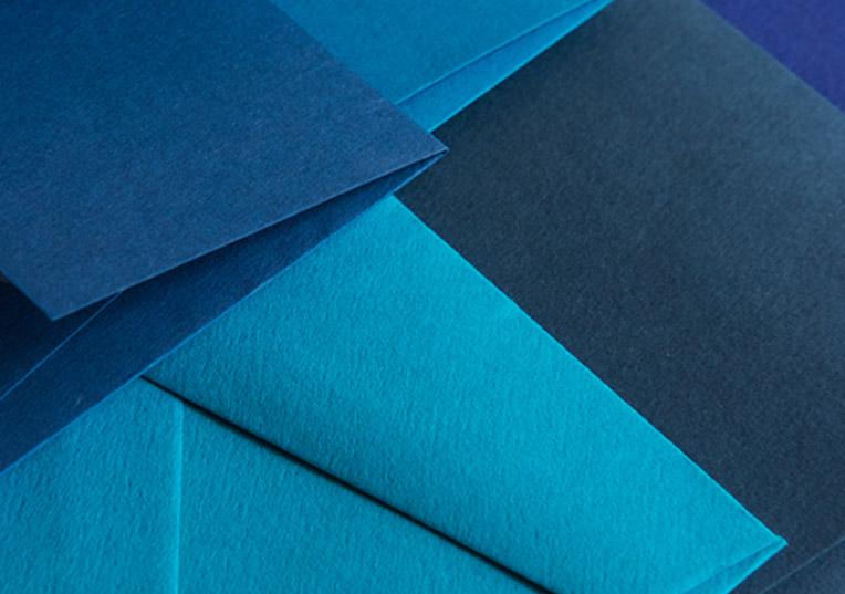 blaufarbene-papiere
