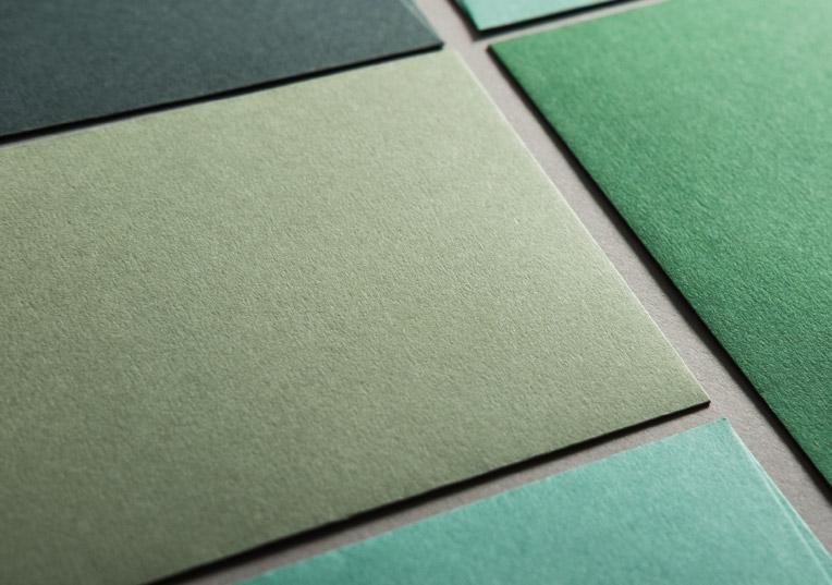 gruenfarbene-papiere