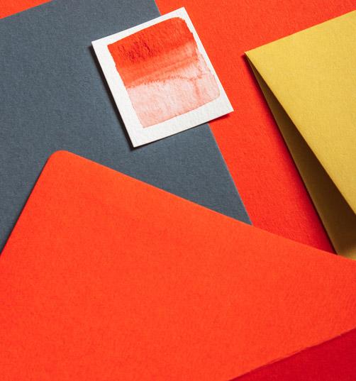 carta-arancione-e-rosso