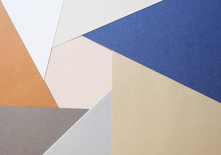 papier-metallics-gebuerstet